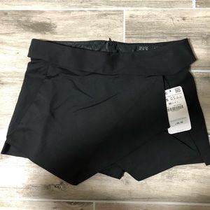 Zara Shorts - Zara Black Shorts / Skirt
